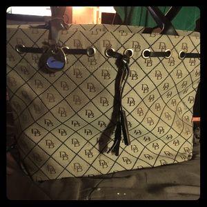 Dooney & Bourke Bags - Dooney & Bourke Bucket Bag